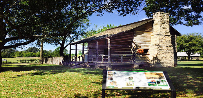 Restored log structures tell story of early Arkansas settlers