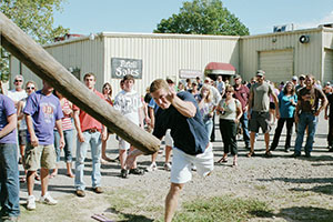 wd-weinfest-pole-throwing-oct-16