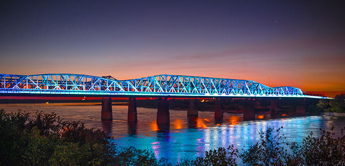 Big River Crossing provides spacious views of mighty Mississippi