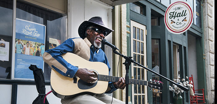 It's 'King Biscuit Time' – Blues festival, cultural center tell Delta story