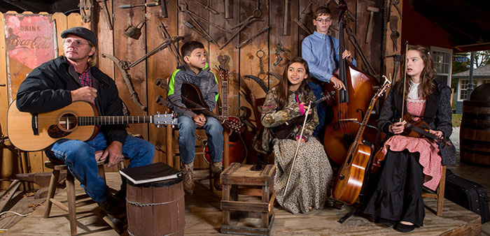 Old ways, young faces – A new generation takes up the Ozark Folk Center's
