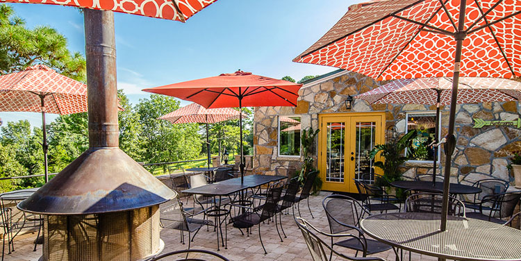 The Grill at Whispering Woods | Arkansas Living Magazine