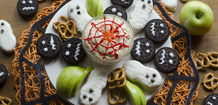 Eat, drink and be scary with fall cupcakes, dips and smoothies