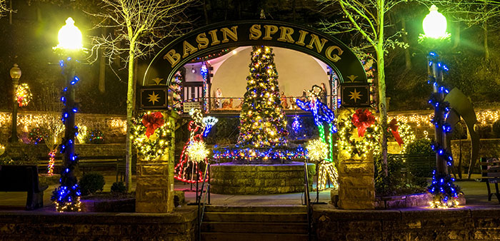 A Eureka Springs Christmas-Resort town celebrates with lights, festivities